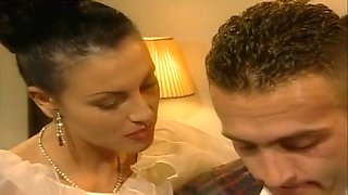 David Takes A Lusty Lady To Bed After Wooing Her