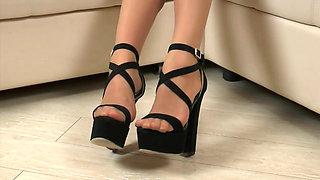 Nude Ph with heels