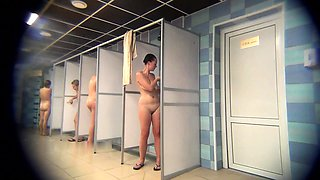 Voyeur spying on amateur Russian ladies in the shower