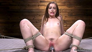 Young slut machine banged in bdsm