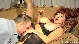 Redhead bomb Sexy Vanessa spreads to have her cooch licked and boned