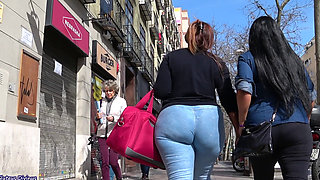 candid big ass walking down the street
