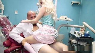 Dad Caught Teen Fuck Her Big Cock Dentist