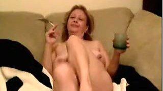 Incredible Smoking, Amateur porn clip