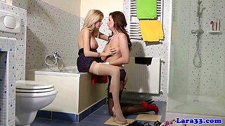 Classy british mature bathroom lesbo sex