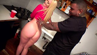 Luscious blonde AJ Applegate tries to cope with a huge tool of her black BF