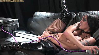 busty solo fucking machine (who is she?)