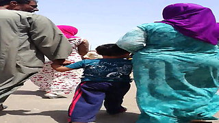 Hijab Wife shaking her ass in street - Falaha Metnaka