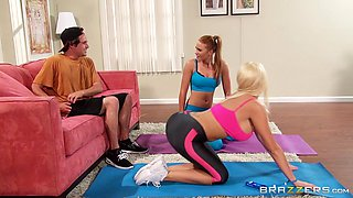 Summer Brielle fucks his girlfriend's son after yoga