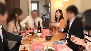 Drunk wife at the party Fucked next to her husband SEE Complete: https://won.pe/17rzHty4