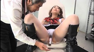 Mesmerizing Oriental babe in uniform is made to cum hard