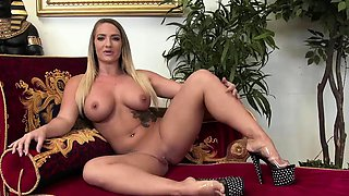 Horny girls have fun at the party