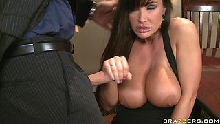 Horny Milf Lisa Ann Got Wild In A Party