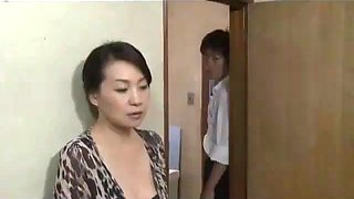 Japan milf&#39s adultery was discovered by his son pt2 on hdmilfcam.com