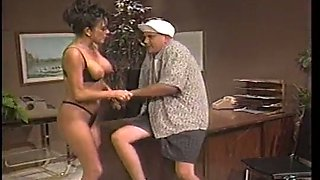 Just kinky curvaceous secretary enjoys amateur missionary fuck at work