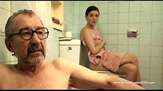 Stunning Maria Velverde shows her body in a popular movie