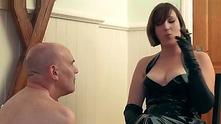 Mistress Evilyne Smoked and Burned