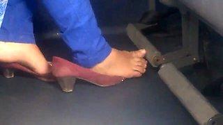Candid Foot Bus Pezinhos - Feet 31