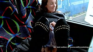 Hot shamelessly exhibitionistic MILF is cooling off solo on the bus