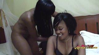 Seductive lesbian love to stuff each other