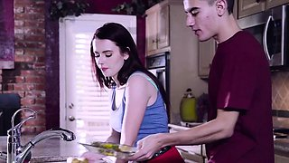 Brazzers - Teens Like It Big - Karlie Brooks