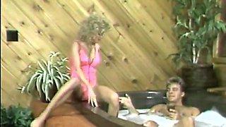 Cara Lott seduces a guy in a bath tub for a romantic fuck