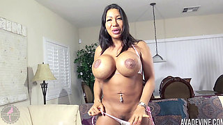 Ava Devine fucking her pussy with a big rubber cock