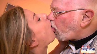 Old man boss fucks beautiful secretary girl