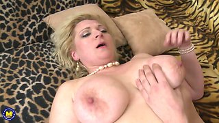 Mature mom seduce young lucky son