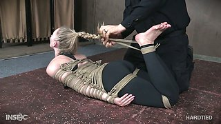 Submissive pale chick with small tits Riley Reyes has nothing against bondage