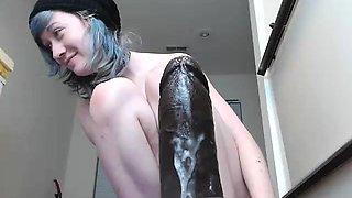 amateur cuttiepaula flashing ass on live webcam
