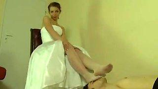 Foot bride