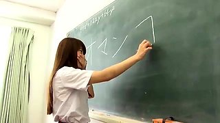 Seductive Japanese girls share their love for hardcore sex