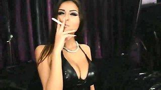 Domina Smoking JOI