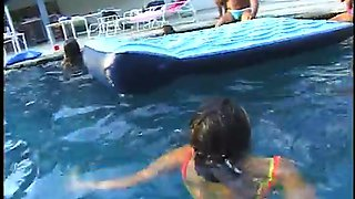 Some kinky black orgy right in the swimming pool is super duper hot