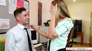 Office whore Kimber Lee seduces one co-worker and fucks him on the table