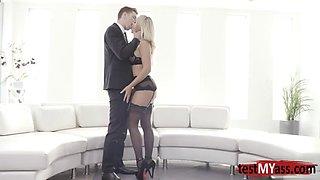 Hot pornstar anal gape with cum in mouth