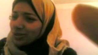 arab musslim gal