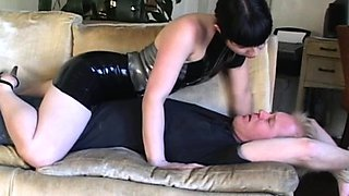 Couple of sweethearts tie a guy up and dominate him all over