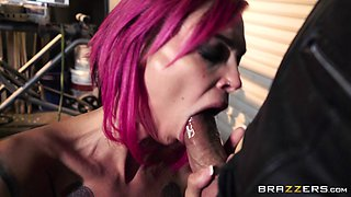 Anna Bell Peaks and Felicity Feline bend over for hunks' big dongs