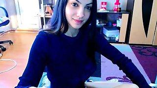 teen kokette22 flashing boobs on live webcam