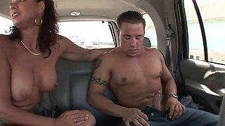 XY CUCKOLD WIFEY CHEATING IN CAR HD