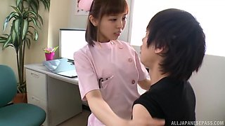 Amazing nurse Mizutori Fumino having fun with her aroused patient