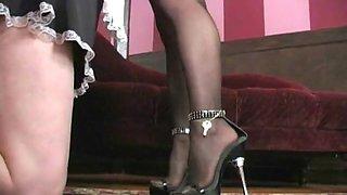 Mistress panty sniffer
