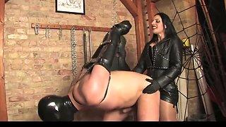 Mistress bangs her slave